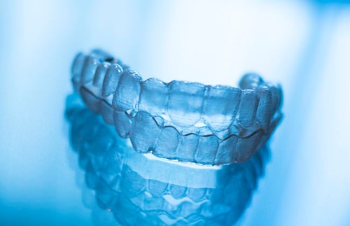 https://orthodontics.net/wp-content/uploads/2017/06/invisible-aligners.png